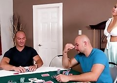 Slut seduces two guys from the poker game into her pussy