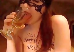 Russian beauty piss drinking