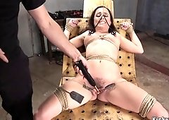 Brunette pussy banged in threesome