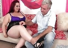 Phoenix Redd loves sex and her ass is so big that you could live in it