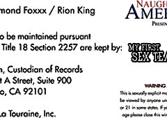 Mesmerizing buxom sexpot Diamond Foxxx is actually good at topping dick