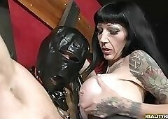 Dominatrix gets fucked