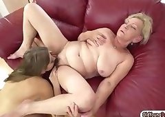 Russian Julia Red licking a hairy granny