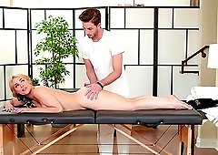 Sarah Vandella gets her warm pussy massaged by a long pecker