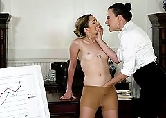 Dana Dearmond and Jane Wilde like to lick one another's cunts
