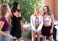 Captivating lesbian babe Sydney Cole is fucking girlfriends's pussy