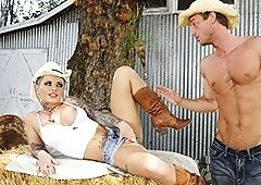 Cowgirl MILF Christy Mack Caress Her Cunt