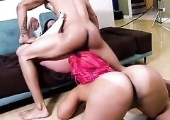 Thick as hell stunner Gianna Michaels is up for some wild threesome fun
