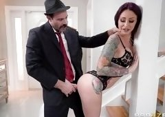 Wifey Pays For Hubby's Mistakes