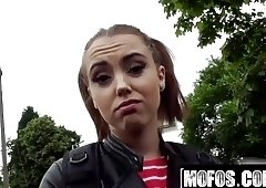 Zoe Doll Porn Video - Stranded Teens