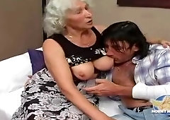 Enticing buxomy experienced female in blowjob video