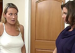 Mature lesbian babes Elexis Monroe and Veronica Avluv pussy licking
