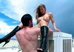 Naked Nicole Aniston outdoor fucking in the sun