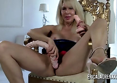 Buxomy blondie COUGAR Erica Lauren plays with her playthings